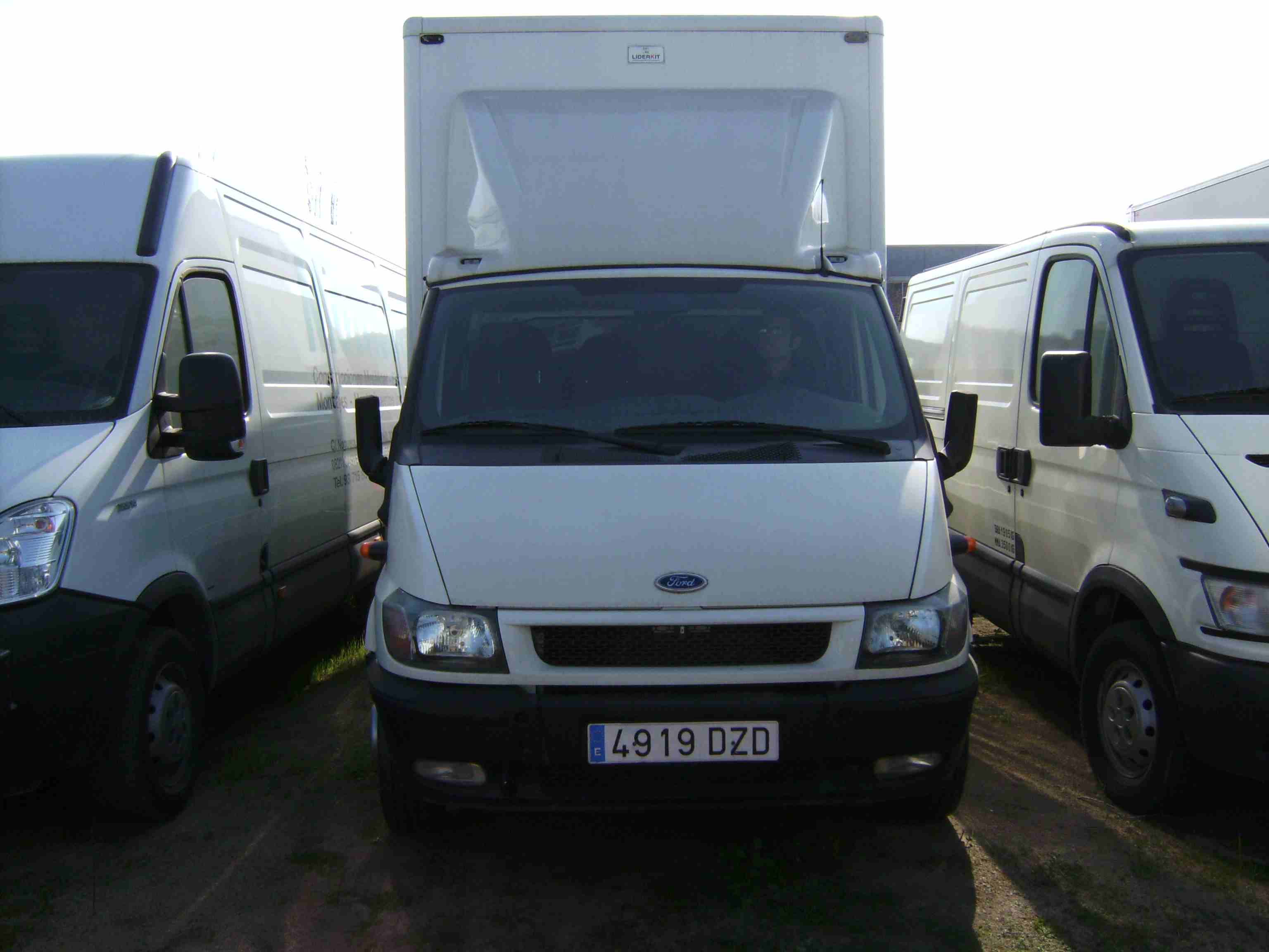 Camion Chasis FORD TRANSIT