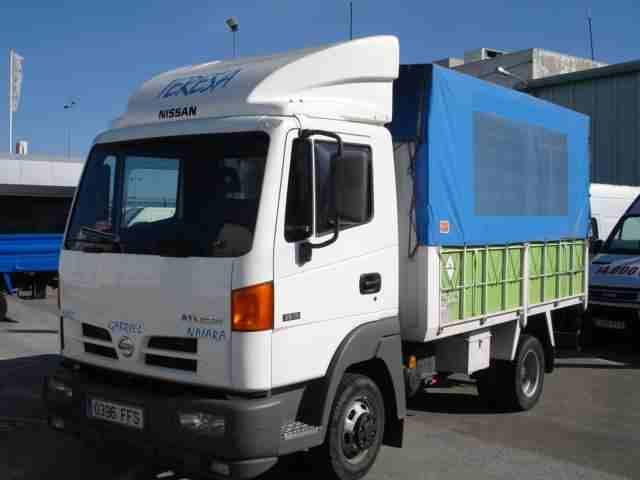 foto 1 -Camion Chasis NISSAN ATLEON
