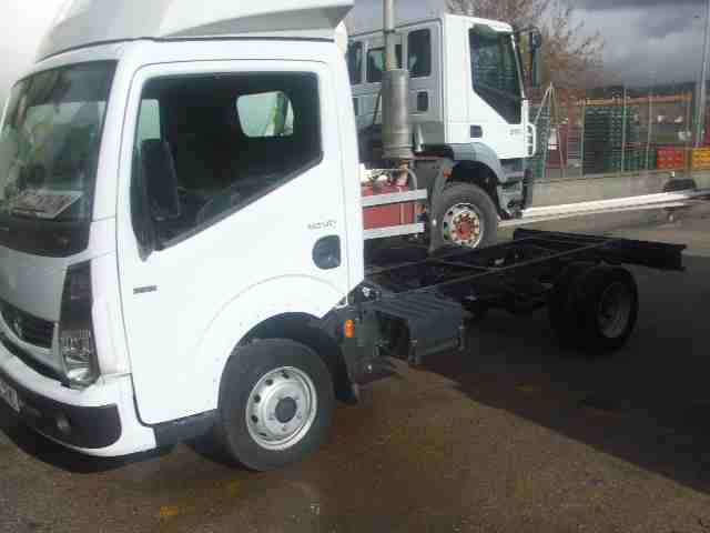 -RENAULT-MAXCITY-Camion_Chasis